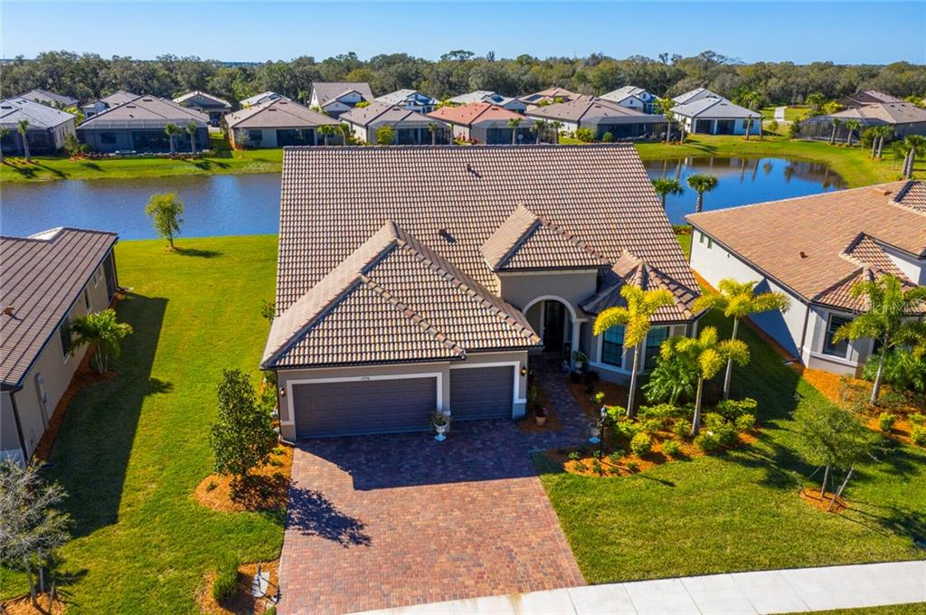 Single Family Home for sale at 17556 Colebrook Cir, Lakewood Ranch, FL 34202 - MLS Number is A4488420
