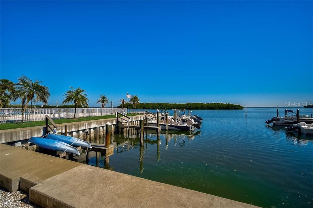 577 Sutton Place Longboat Key Florida 34228 | Kayak Launch Lift - Condo for sale at 577 Sutton Pl #T-25, Longboat Key, FL 34228 - MLS Number is A4492432
