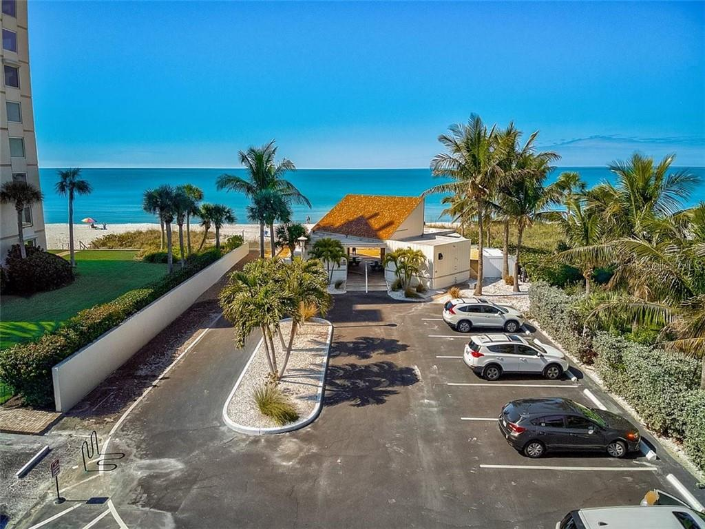 577 Sutton Place Longboat Key Florida 34228 | Private Beach Parking Lot & Pavilion - Condo for sale at 577 Sutton Pl #T-25, Longboat Key, FL 34228 - MLS Number is A4492432