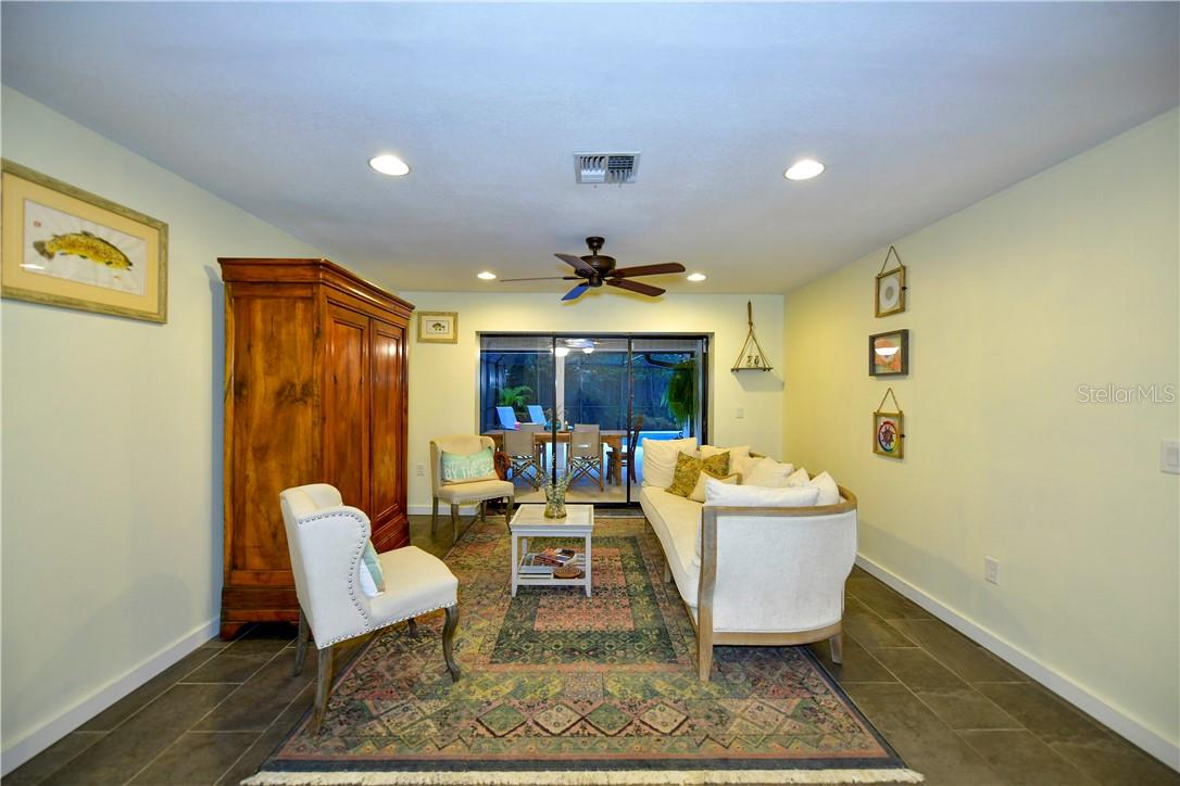 Single Family Home for sale at 1677 Baywinds Ln, Sarasota, FL 34231 - MLS Number is A4494272