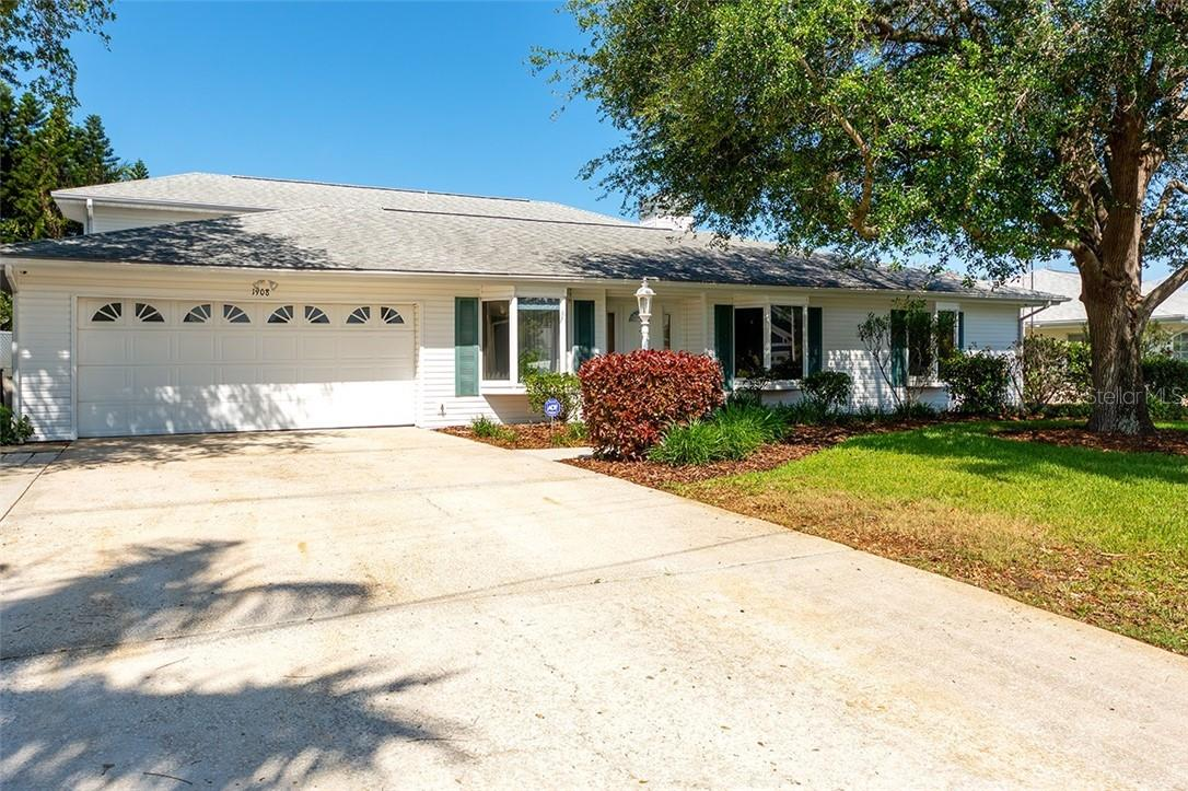 Single Family Home for sale at 1908 72nd St Nw, Bradenton, FL 34209 - MLS Number is A4495621