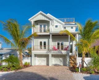 2513 Avenue C, Bradenton Beach, FL 34217