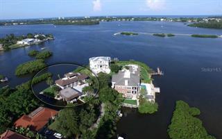 1250 Quail Dr, Sarasota, FL 34231