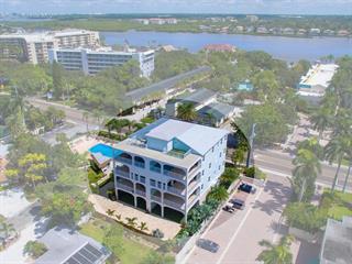 1136 Windsong Ln, Sarasota, FL 34242