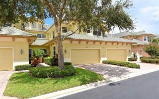 6431 Moorings Point Cir #102, Lakewood Ranch, FL 34202