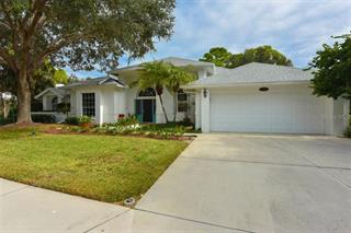 8265 Shadow Pine Way, Sarasota, FL 34238