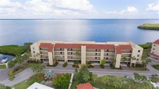 4900 Gulf Of Mexico Dr #301, Longboat Key, FL 34228