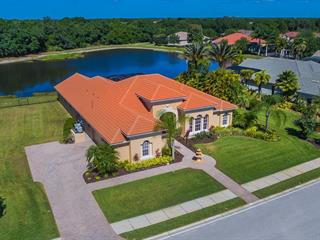 360 Blackbird Ct, Bradenton, FL 34212