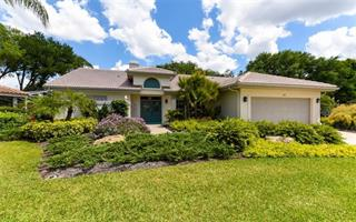 4492 Highland Oaks Cir, Sarasota, FL 34235