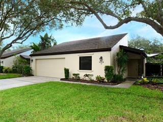 3714 Glen Oaks Manor Dr, Sarasota, FL 34232