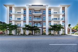 635 S Orange Ave #302, Sarasota, FL 34236