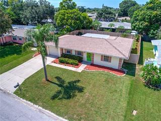 3304 Cambridge Dr W, Bradenton, FL 34205