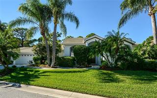 9032 Huntington Pointe Dr, Sarasota, FL 34238