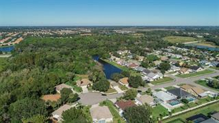 4211 70th Dr E, Sarasota, FL 34243