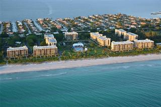 1075 Gulf Of Mexico Dr #203, Longboat Key, FL 34228