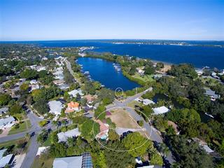 5203 Harbor Rd, Bradenton, FL 34209
