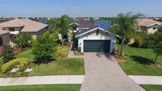 5040 Lake Overlook Ave, Bradenton, FL 34208
