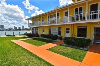 522 Golden Gate Pt #1, Sarasota, FL 34236