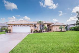 459 Lake Of The Woods Dr, Venice, FL 34293