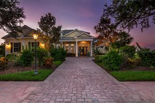 3397 Founders Club Dr, Sarasota, FL 34240