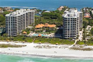 1241 Gulf Of Mexico Dr #105, Longboat Key, FL 34228