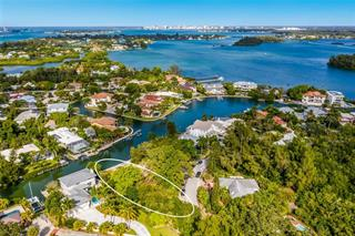 765 Tropical Cir, Sarasota, FL 34242