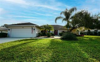 5520 Country Lakes Trl, Sarasota, FL 34243