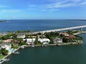 227 Seagull Ln, Sarasota, FL 34236