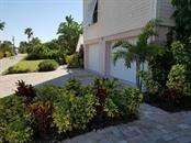 Single Family Home for sale at 676 Tarawitt Dr, Longboat Key, FL 34228 - MLS Number is A4155664