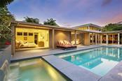 175 Morningside Dr, Sarasota, FL 34236 - thumbnail 2 of 25