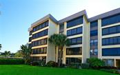 Building exterior - Condo for sale at 8770 Midnight Pass Rd #104b, Sarasota, FL 34242 - MLS Number is A4187603