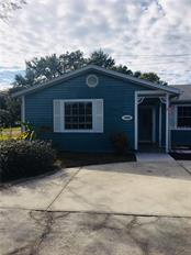 Single Family Home for sale at 1020 41st St W, Bradenton, FL 34205 - MLS Number is A4208469