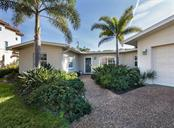 Front entry - Single Family Home for sale at 445 Mahon Dr, Venice, FL 34285 - MLS Number is A4209507