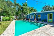 Single Family Home for sale at 5239 Winding Way, Sarasota, FL 34242 - MLS Number is A4415304