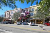 Citrus Square offers several different dining opportunities with outdoor cafes, and other retail establishments. - Condo for sale at 1528 4th St #-, Sarasota, FL 34236 - MLS Number is A4417475