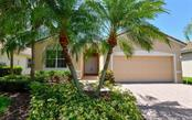 Single Family Home for sale at 4234 65th Ter E, Sarasota, FL 34243 - MLS Number is A4430204