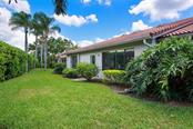 Villa for sale at 3879 Wilshire Cir W #122, Sarasota, FL 34238 - MLS Number is A4433283