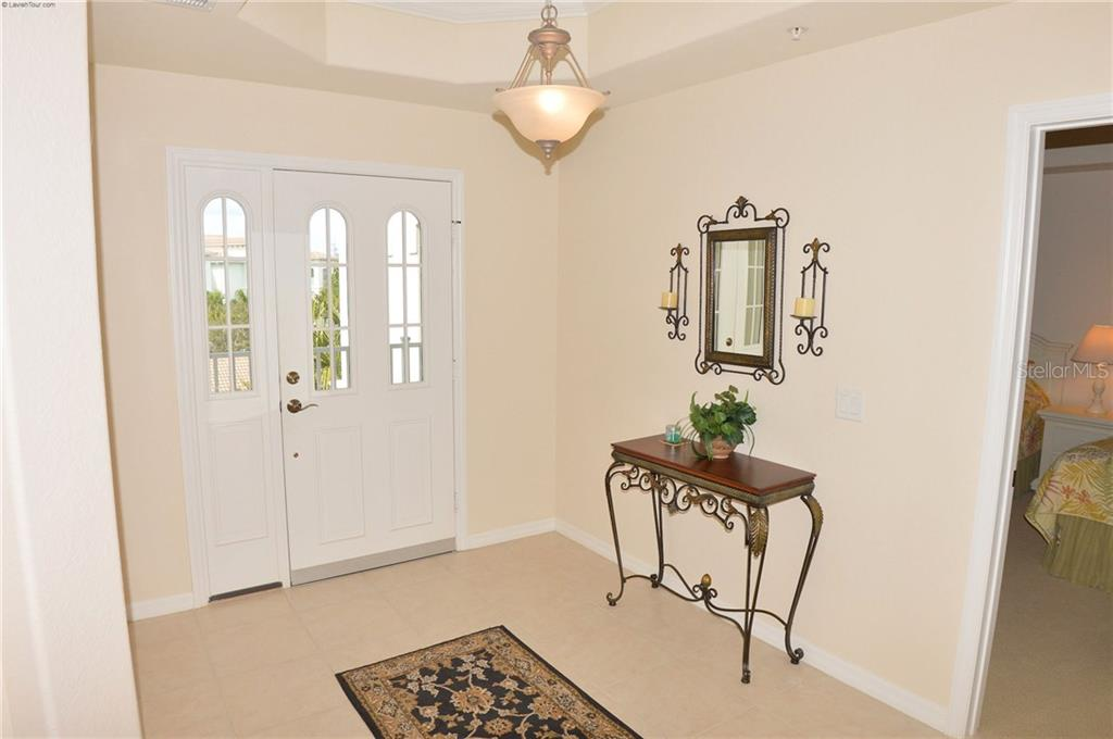 Foyer - Condo for sale at 1100 San Lino Cir #1134, Venice, FL 34292 - MLS Number is N5910364