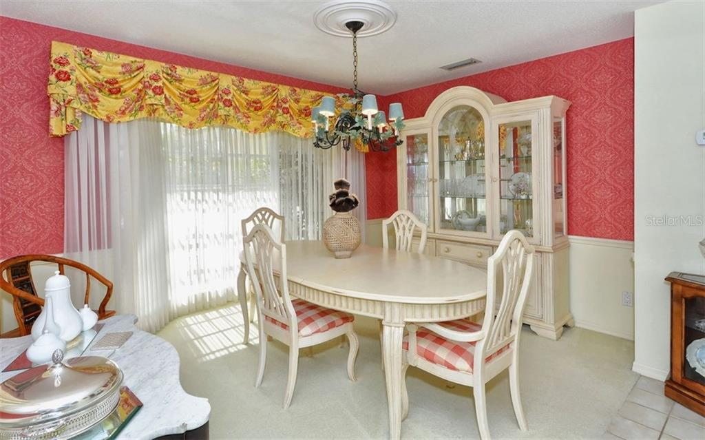Dining Room - Single Family Home for sale at 1933 Innisbrook Ct, Venice, FL 34293 - MLS Number is N5912040
