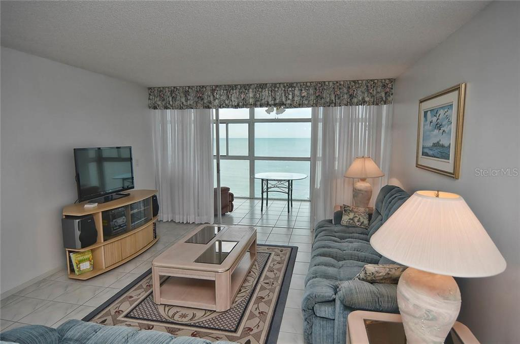 Living room/view of the gulf - Condo for sale at 255 The Esplanade N #805, Venice, FL 34285 - MLS Number is N5912261