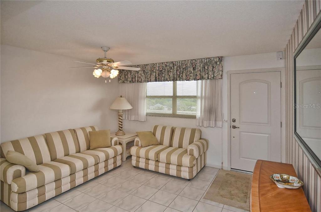 Entry/den - Condo for sale at 255 The Esplanade N #805, Venice, FL 34285 - MLS Number is N5912261