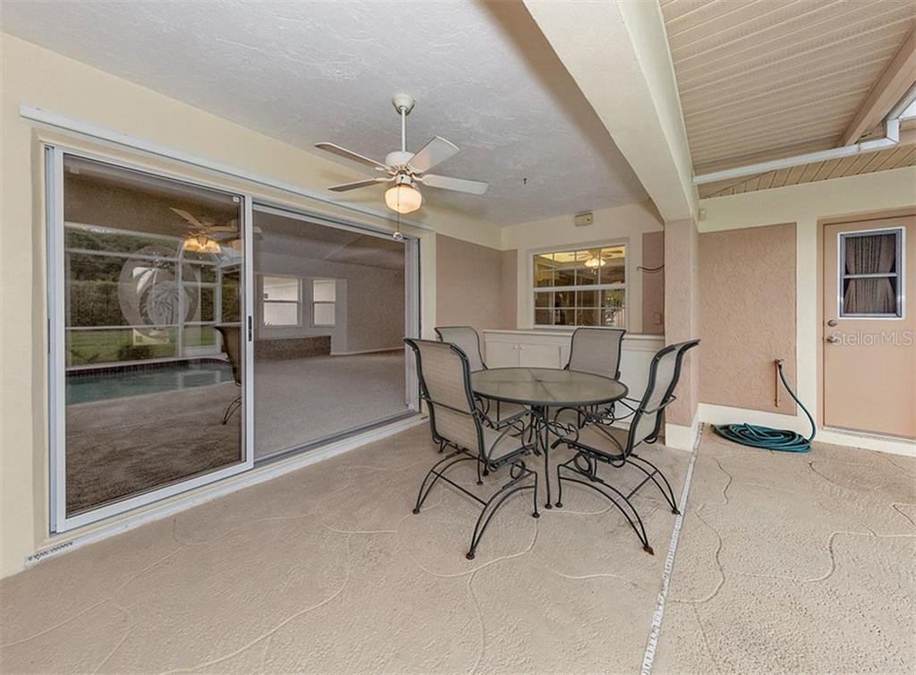 Lanai - Single Family Home for sale at 3160 Willow Springs Cir, Venice, FL 34293 - MLS Number is N5912811