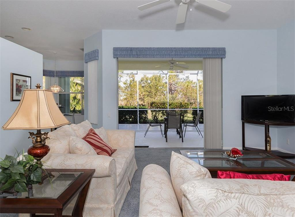 Front - Single Family Home for sale at 2122 Timucua Trl, Nokomis, FL 34275 - MLS Number is N5913111