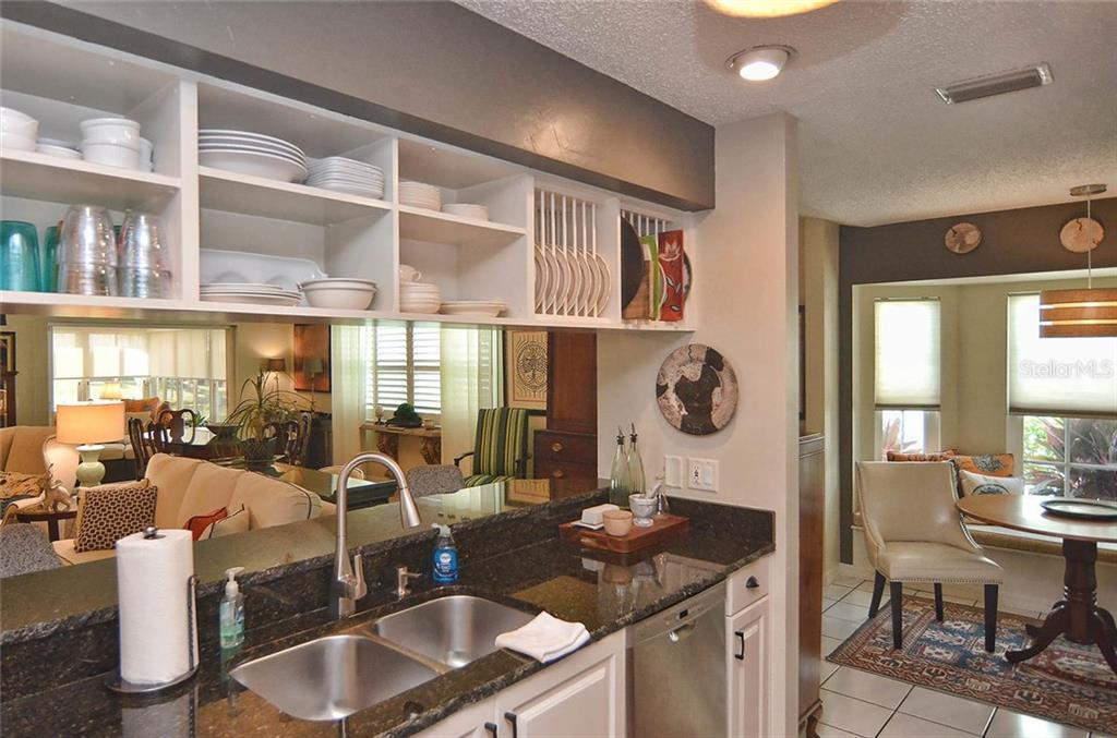 Kitchen - Single Family Home for sale at 1812 Ashley Dr, Venice, FL 34292 - MLS Number is N5914047