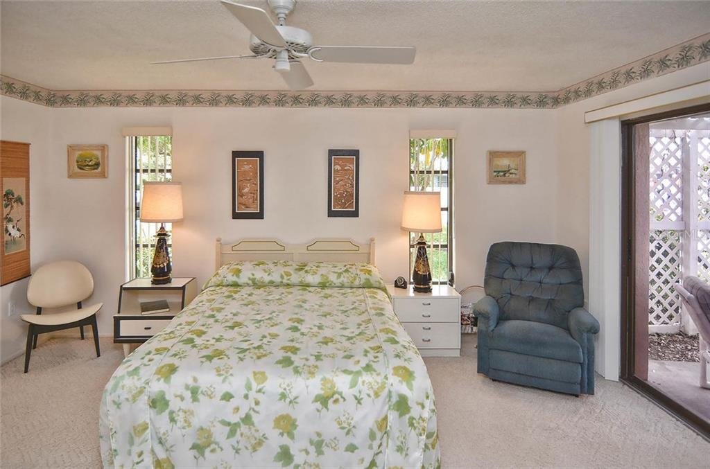 Master bedroom - Single Family Home for sale at 1410 Strada D Argento, Venice, FL 34292 - MLS Number is N5914540