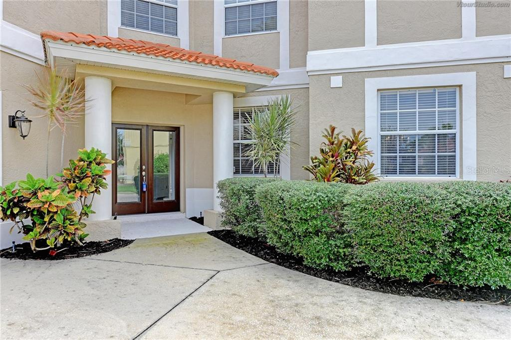 Single Family Home for sale at 686 Clear Creek Dr, Osprey, FL 34229 - MLS Number is N5914782