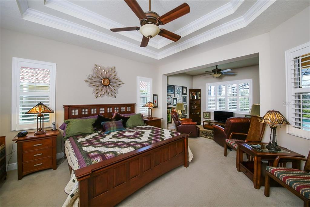 The family room showing the opening to the lanai & pool. - Single Family Home for sale at 190 Portofino Dr, North Venice, FL 34275 - MLS Number is N5915077