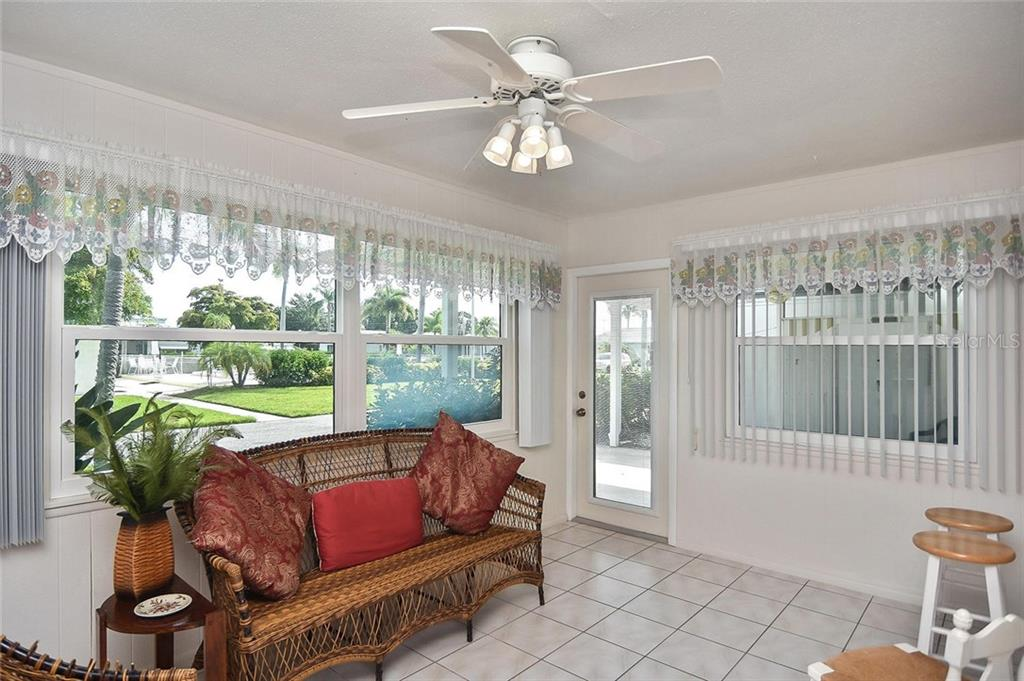Beach - Condo for sale at 139 Field Ave E #139, Venice, FL 34285 - MLS Number is N5915558