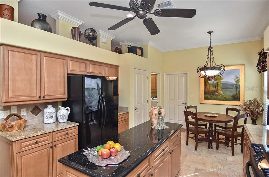 Kitchen/dinette - Single Family Home for sale at 769 Sawgrass Bridge Rd, Venice, FL 34292 - MLS Number is N5916484