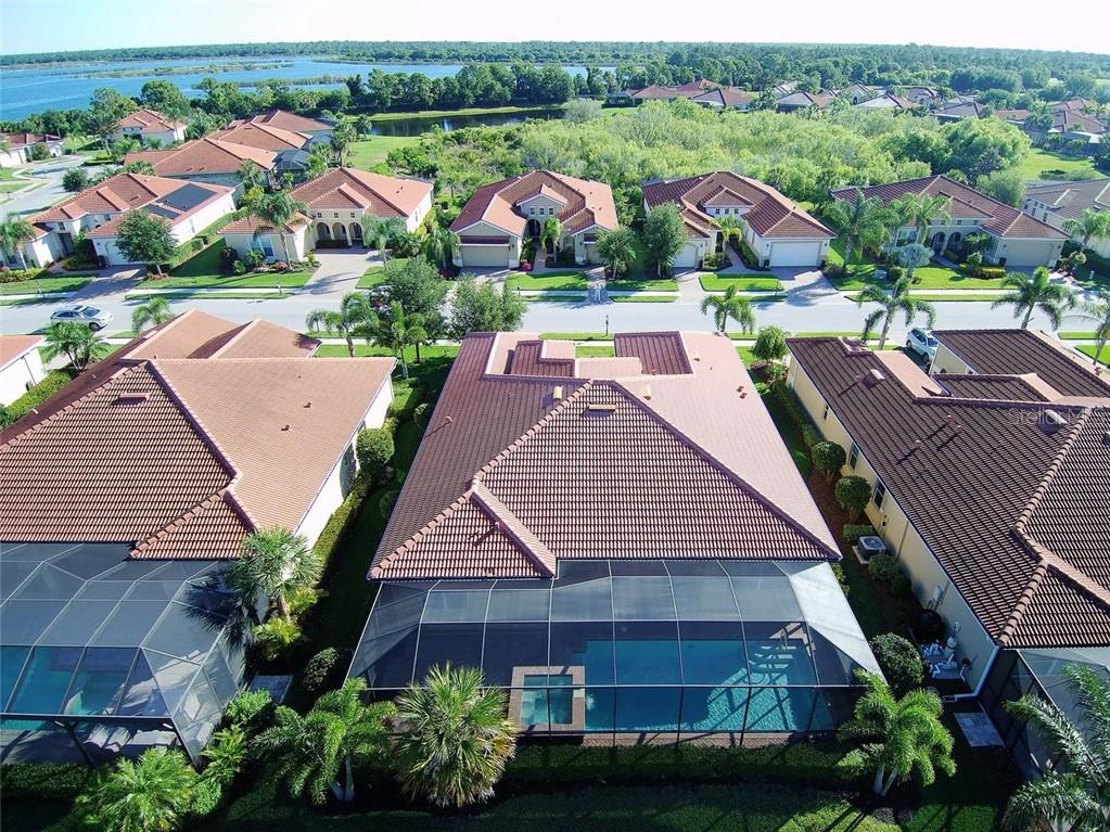 Rear - Single Family Home for sale at 277 Martellago Dr, North Venice, FL 34275 - MLS Number is N6100209